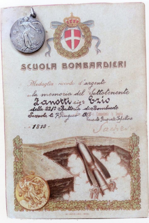 Cartolina Scuola Bombardieri con nome errato
